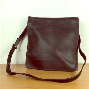 Coach 🌺 Vintage Leather Flap Crossbody Bag 9458